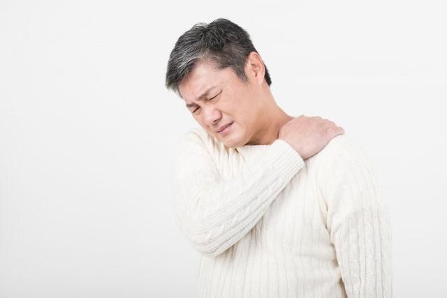 突然の激しい頭痛はくも膜下出血?