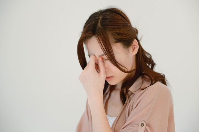 日常生活に支障をきたす片頭痛